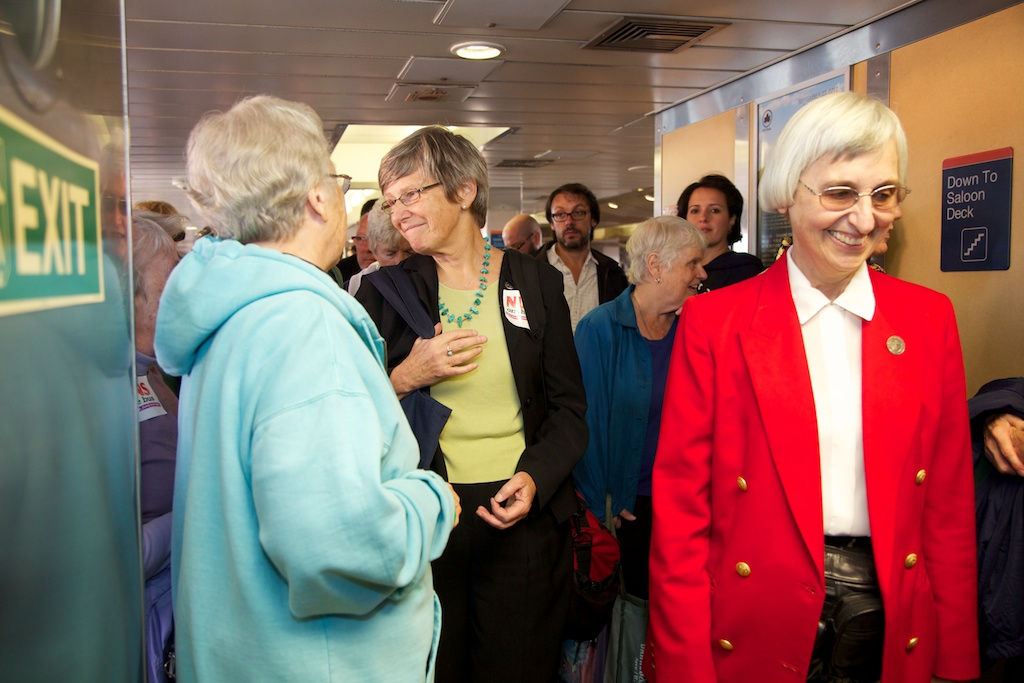 Nuns-on-the-Ferry-43